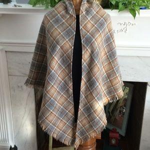 Vintage Wool Plaid Triangle Wrap  Shawl Scarf